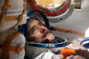 Astronaut Chris Hadfield to Speak at Carleton Student Leadership Conference