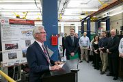 Minister Jim Carr Visits Carleton to Promote Clean Technology