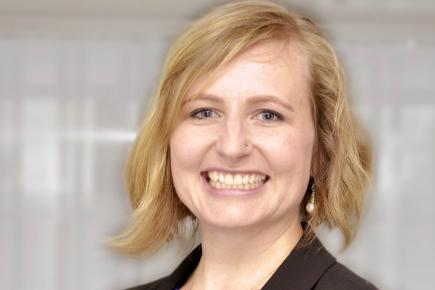 A headshot of Jennifer Peirce.