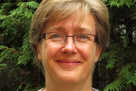 A headshot of Lenore Fahrig.