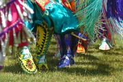 Annual Kikinàmàgan Pow Wow Connects Students with Community