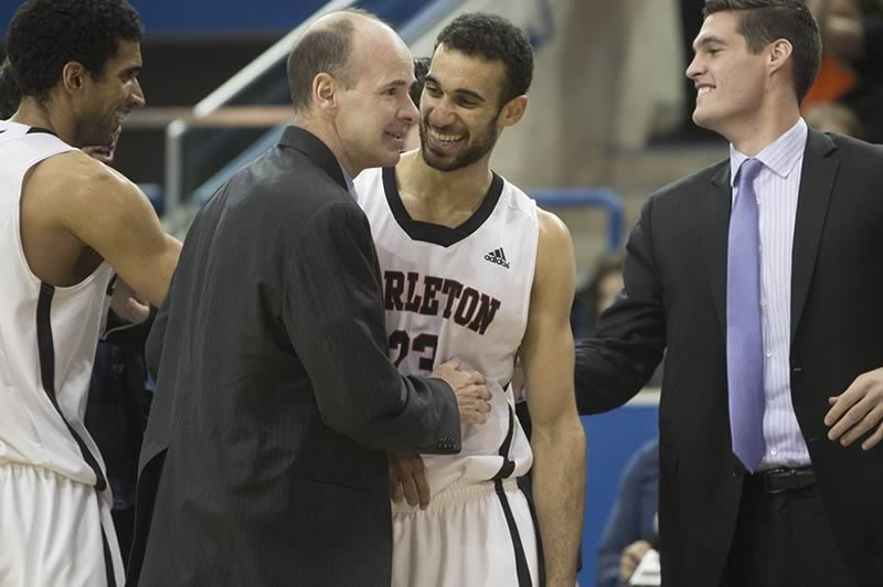 Carleton Men's Basketball Team Wins CIS Championship