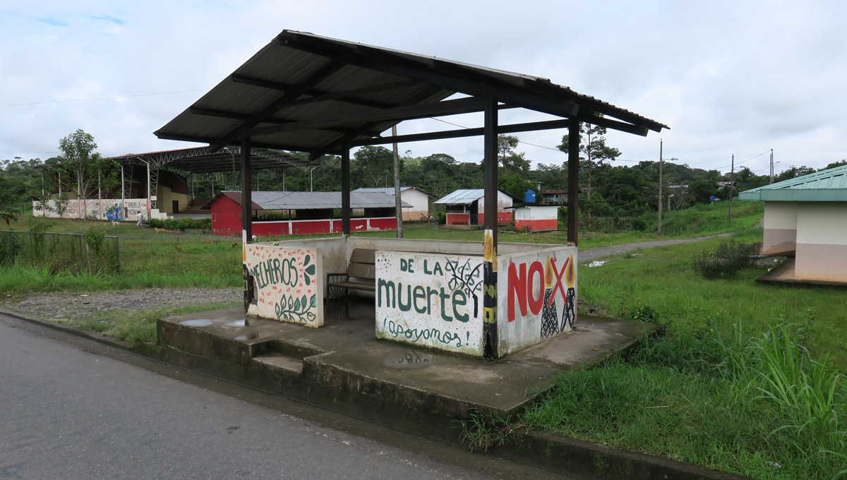 "Graffiti on a bus stop in Ecuador which reads: ""Mecheros de la muerte."" This is English for ""Lighters of death."""