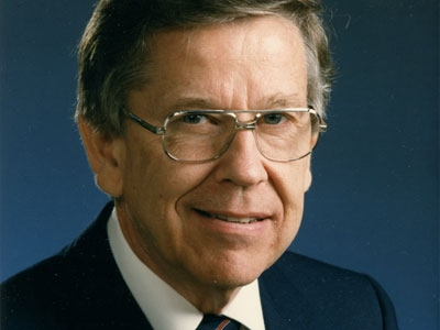Photo for the news post: Carleton Mourns Passing of Former President William E. Beckel