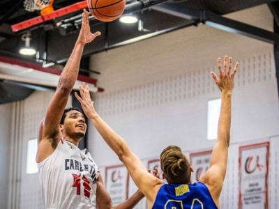 Photo for the news post: Carleton Ravens Men's Basketball Sweep the South Dakota State Jackrabbits 2-0
