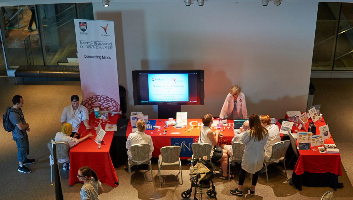 Neuroscience students held a demonstration as part of a showcase of the human brain at an event at the Canadian Museum of Nature on June 9 and 10.
