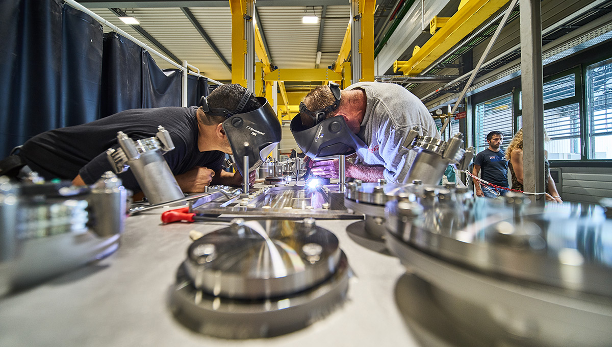 Welding and assembly of the HL_LHC superconducting crab cavities
