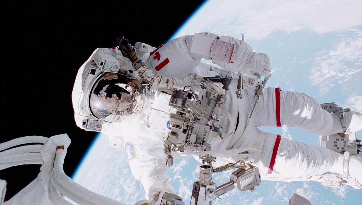 Chris Hadfield on Embracing Failure and Flying