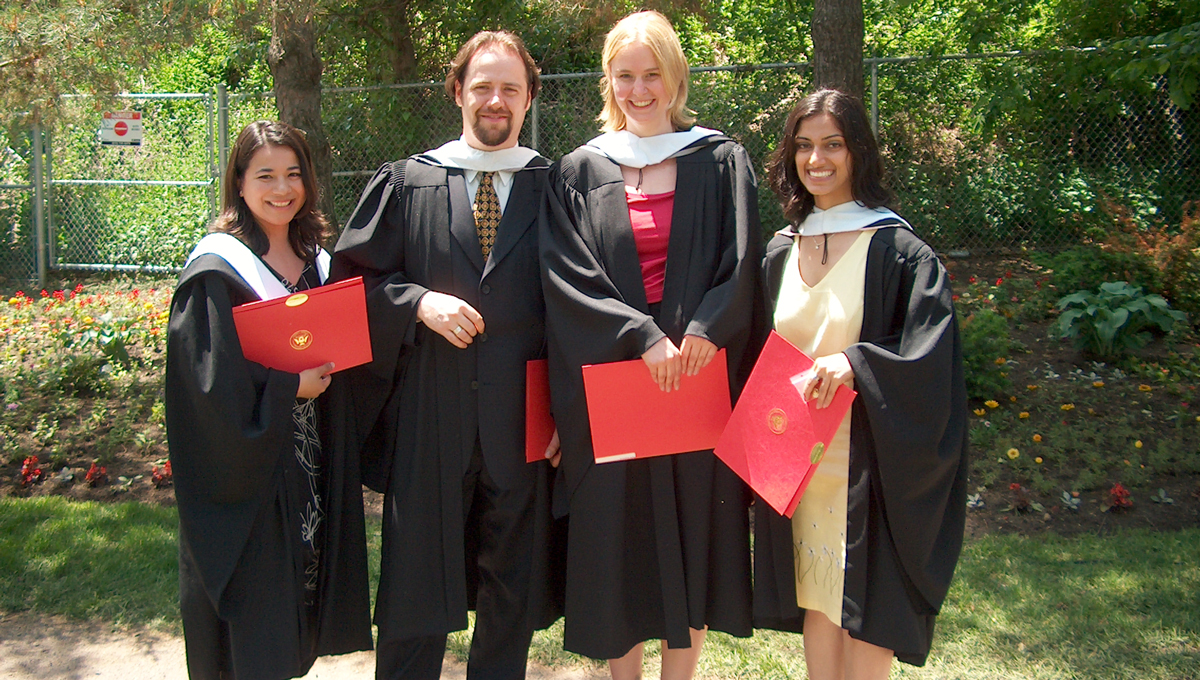 Graduates of the Master's in Communication program.