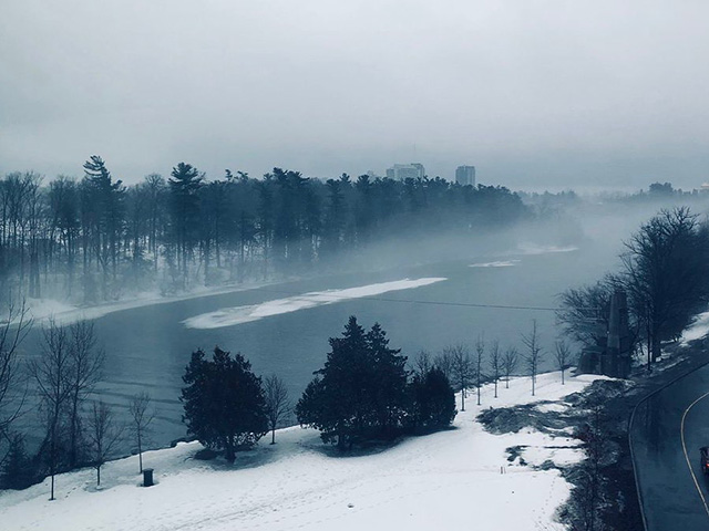 A foggy view of the Rideau River (Photo: @SarahEverts)