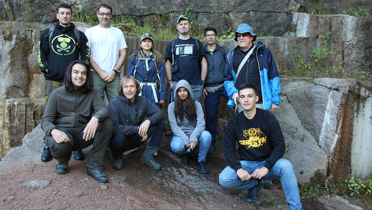 Earth Sciences students working in Siberia