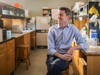Photo for the news post: Carleton's Kyle Biggar Receives Banting Discovery Award
