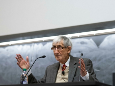 Photo for the news post: Herzberg Lecture: Freeman Dyson on the Evolution of Culture