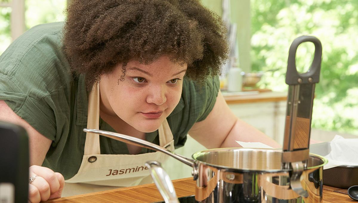 Carleton University Graduate Jasmine Linton Made Quarter-Finals on CBC Baking Show