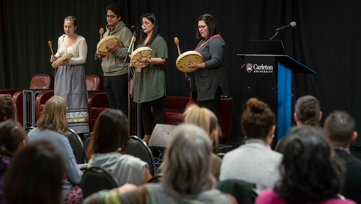 Kinàmàgawin Symposium Focuses on Indigenous Identity and Sovereignty