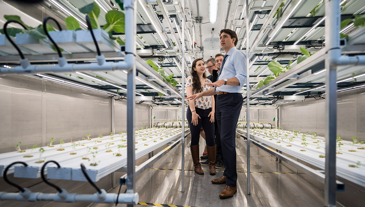 Prime Minister Trudeau tours one of the many innovative initiatives being carried out at Bayview Yards