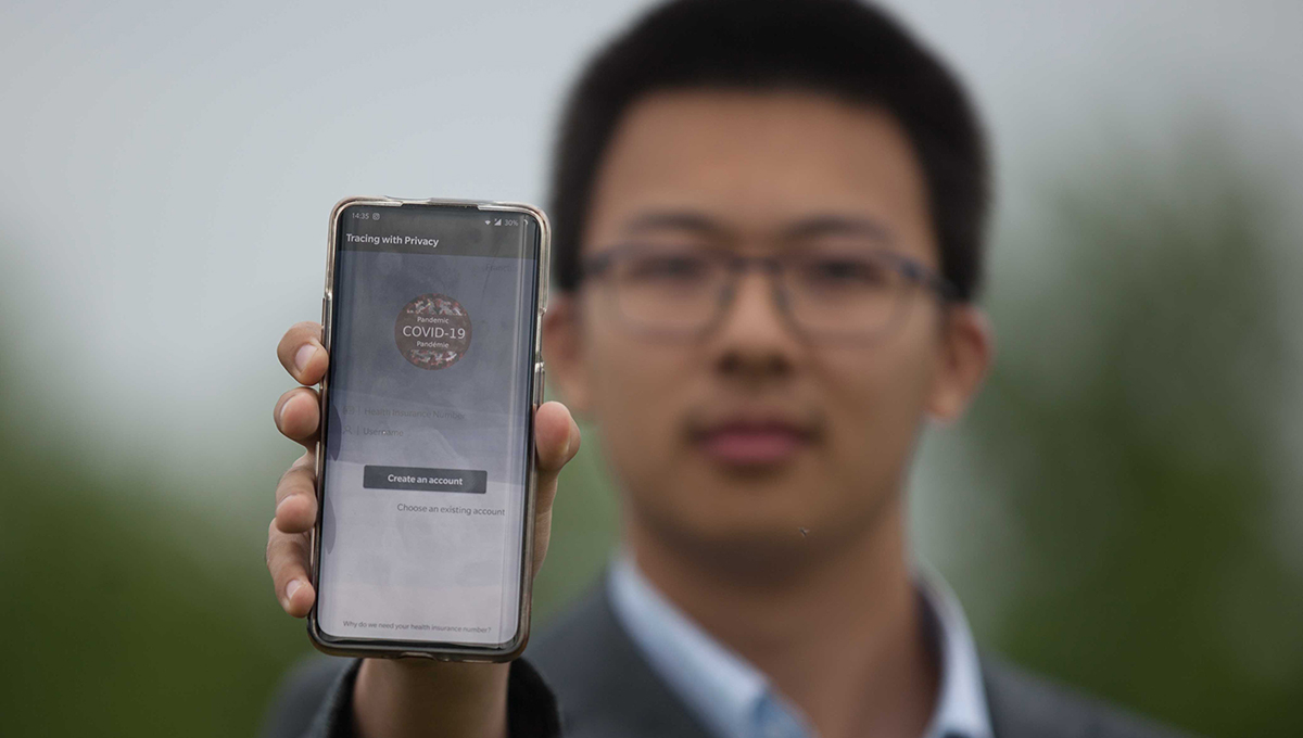 Carleton Researcher Develops Mobile App that Delivers COVID-19 Exposure Alerts But No Personal Information