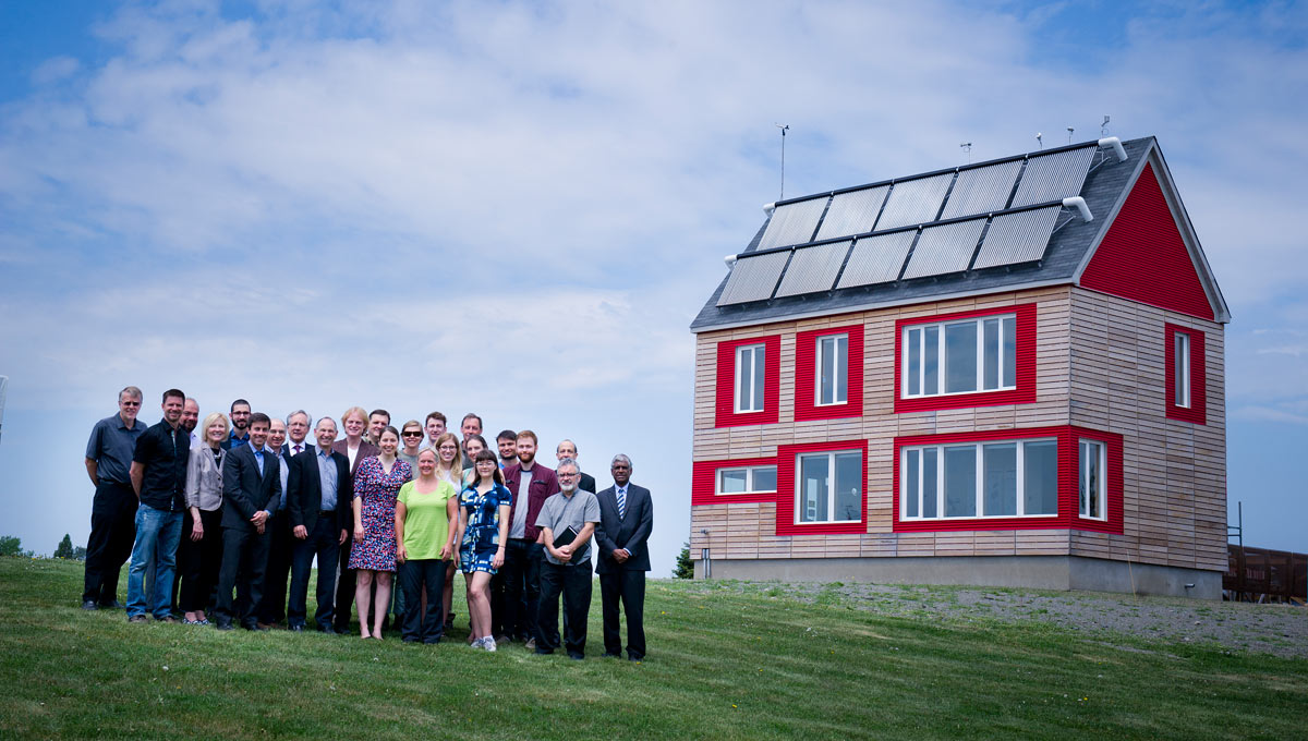 Solar Energy Solutions: Students, Faculty and Professional Services staff gather at the Urbandale Centre for Home Energy Research