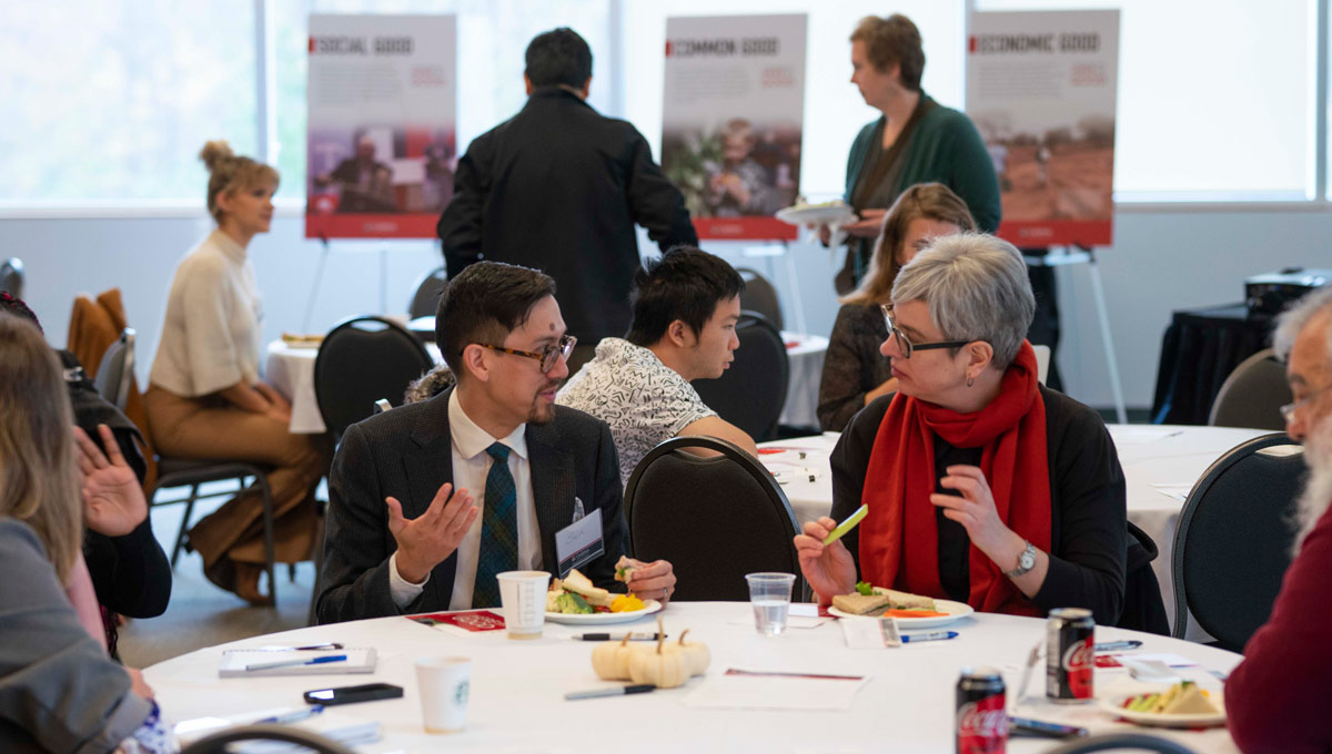 More than 30 students, faculty, staff and alumni sat down together on Oct. 30 to discuss Carleton University's community impact and its force for good at the Board of Governors Talk Exchange.