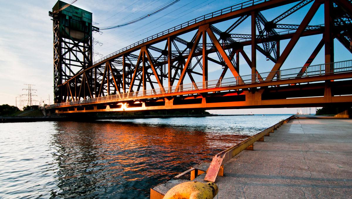 The lift bridge at Hamilton Harbour.